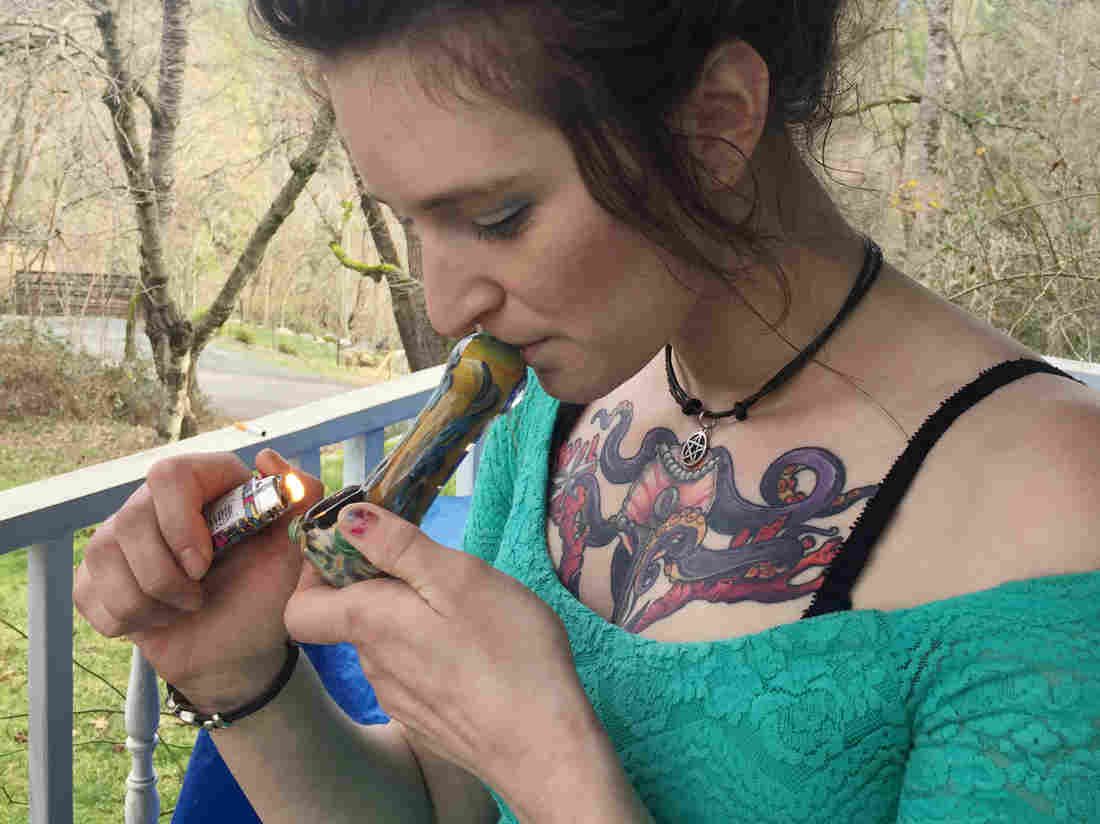is smoking pot while pregnant safe for the baby 2 - Is Smoking Pot While Pregnant Safe For The Baby?