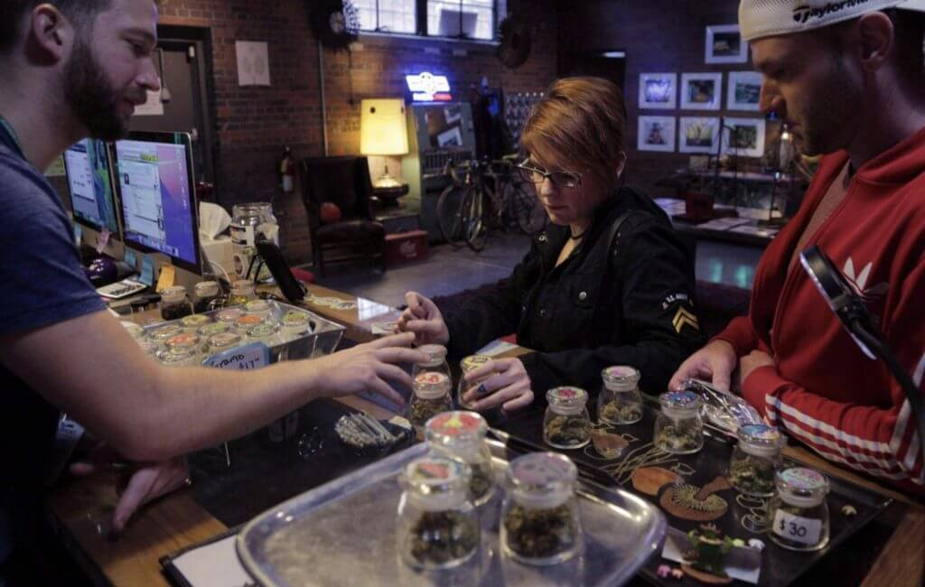 retailnew3 1024x650 - Pot brands race to claim retail dominance in budding marijuana landscape