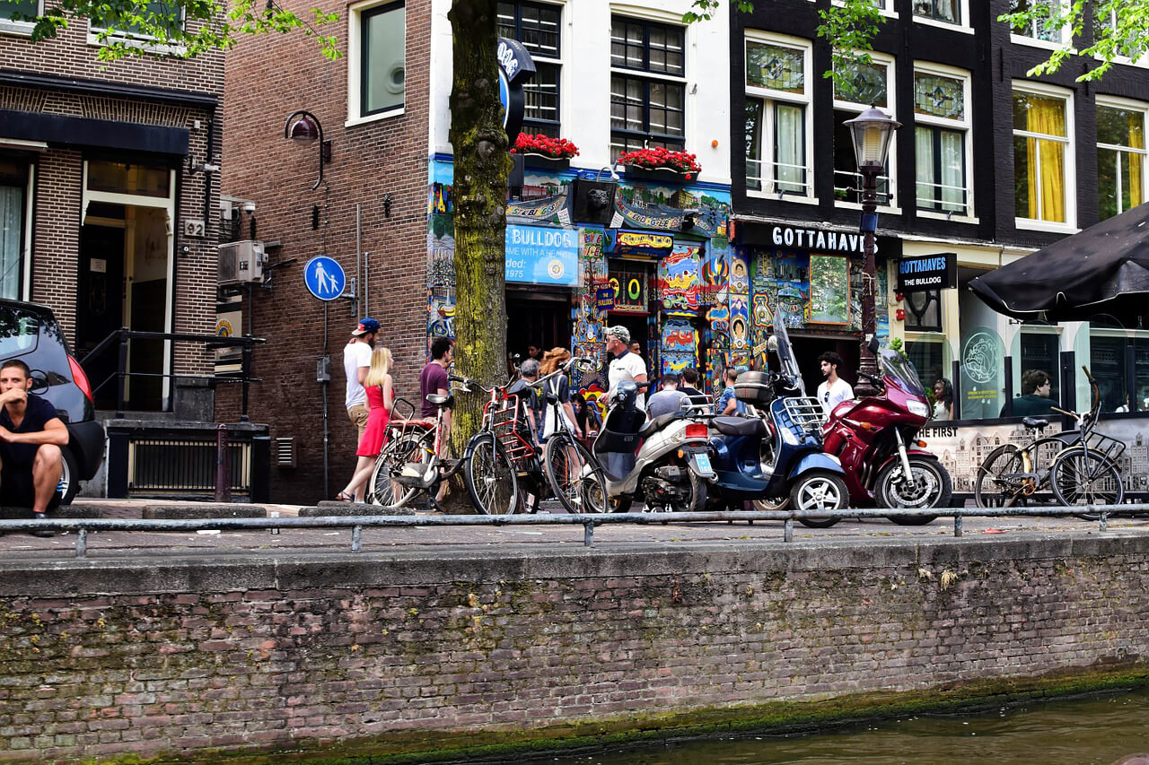 canada learn amsterdam - What can Canada learn from Amsterdam ahead of marijuana legalization?
