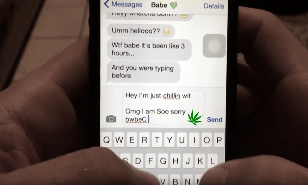 texting girlfriend stoned featured - Smoking weed with the boys? Never text your girlfriend when you are stoned!