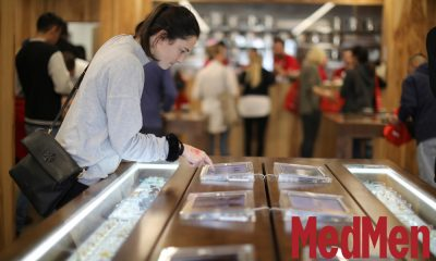 "medmen success formula featured 400x240 - Opening a retail cannabis store? Follow the success formula of MedMen ""The Apple Store Of Weed"""