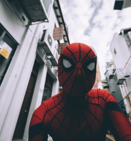 muhd asyraaf Ti8UF rJlYo unsplash 560x600 - Canadian Used a Fake ID of Marvel's Character to Acquire Weed Online